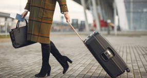 Zakenreiziger met bagage